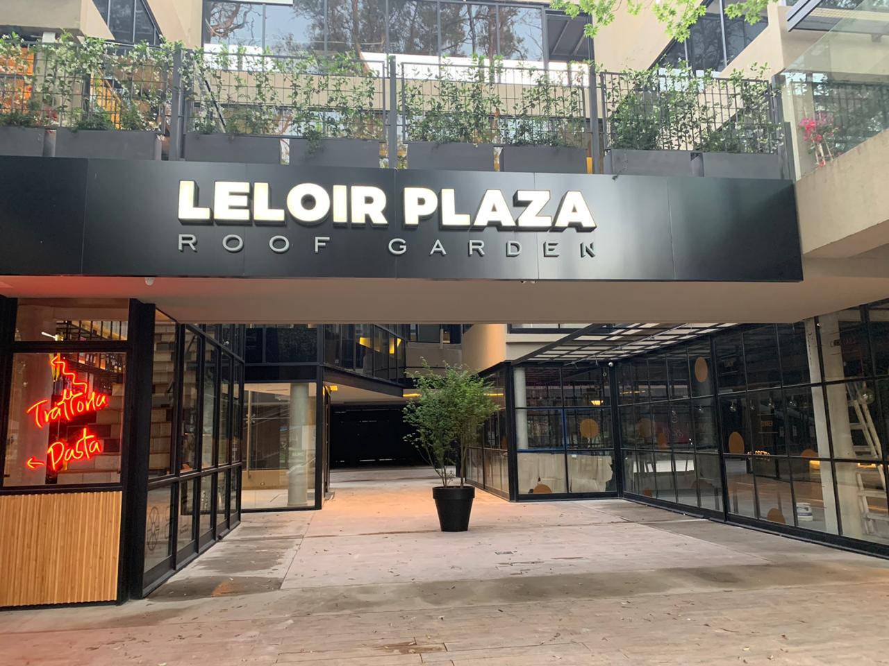 Oficina 110 m² c/ 2 cocheras Complejo Leloir Plaza – Martín Fierro 3246 Piso 2 Of 202 – Barrio Parque Leloir
